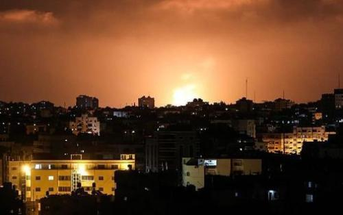 İsrailin qırıcı təyyarəsi Qəzzanın bir neçə bölgəsini bombalayıb