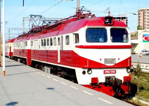 Baku-Ganja train's speed to gradually reach 150-160 km/h