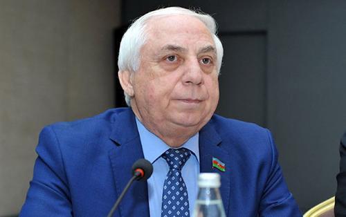 """""""Heydər Əliyevin kabinetinə daxil olanda həyəcandan əsirdim"""" - Hadi Rəcəbli"""
