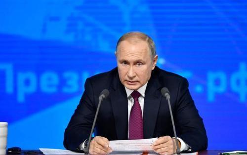 Tərcümə aparatı işləmədi, Putin yenə almanca danışmağa başladı - VİDEO