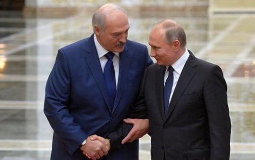 Putin və Lukaşenko Belarusiyada tutulan 33 Rusiya vətəndaşı barədə müzakirə aparıblar