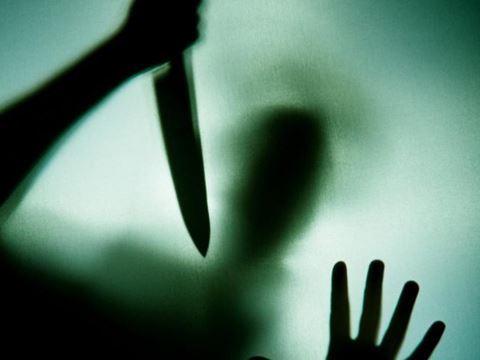 Atasını bıçaqlayan 19 yaşlı Günel: Yenə də atamla bir evdə qalırıq