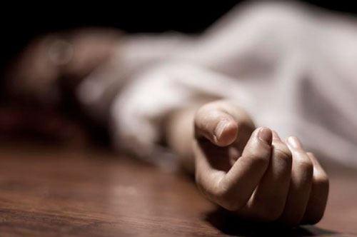 Goranboyda 3 uşaq anası özünü öldürdü