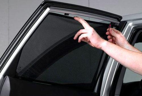 С завтрашнего дня в автомобили можно будет устанавливать жалюзи и пленку