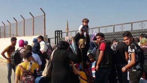 Reuters: Türkiyə suriyalı mühacirlərə Avropanın qapılarını açdı