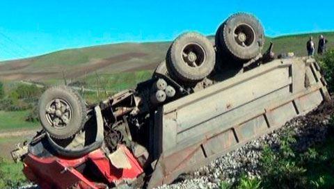 Azərbaycanda daha bir ağır yol qəzası - 3 nəfər faciəvi şəkildə öldü