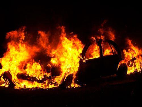 Bakıda səfrilik avtomobili yandı