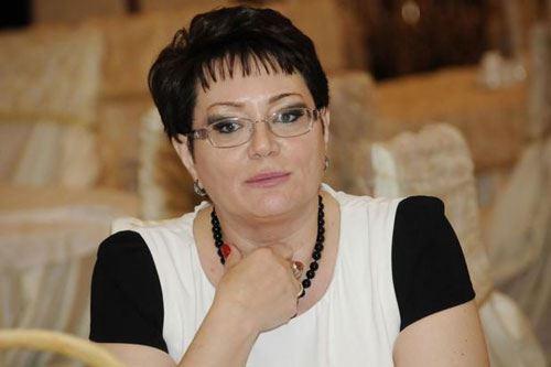 Elmira Axundova etimadnaməsini Zelenskiyə təqdim edib - FOTO