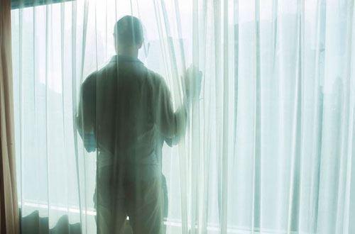 Azərbaycanda 15 yaşlı yeniyetmə məktub yazıb intihar etdi