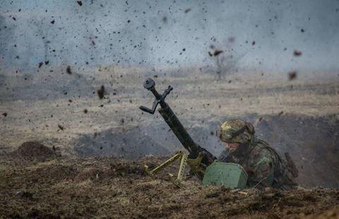 Füzulidə döyüşlər davam edir: düşmənin 4 tankı vuruldu