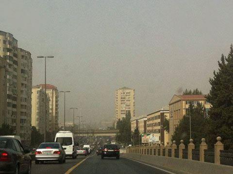 Bakını bürüyən toz-dumanın səbəbi AÇIQLANDI