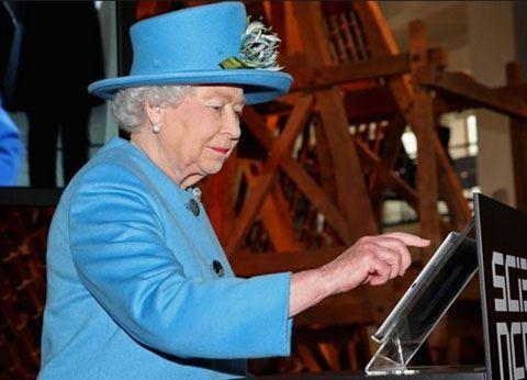 """""""Brexit"""" imzalanması üçün kraliça II Elizabetə göndəriləcək"""