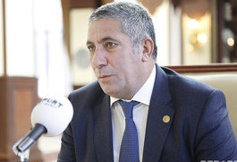 Министр понизил брата Сиявуша Новрузова в должности