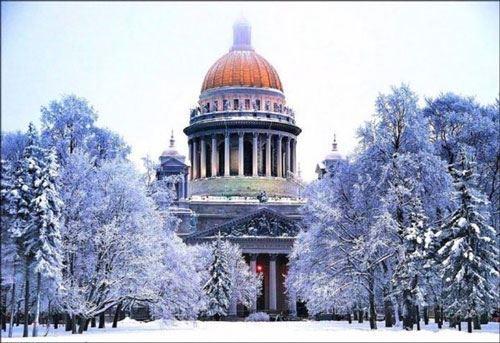 Губернатор Санкт-Петербурга посетит Азербайджан