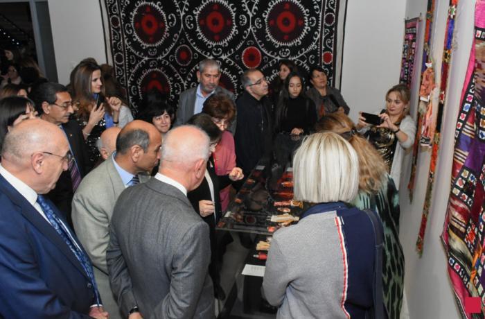 """Bakıda """"Muzeylər, tekstil kolleksiyaları və qarşılıqlı əməkdaşlıq perspektivləri"""" adlı konfransın açılışı olub"""