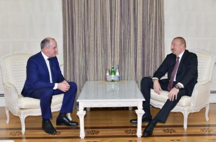 Prezident İlham Əliyev Qaraçay-Çərkəz Respublikasının başçısını qəbul edib