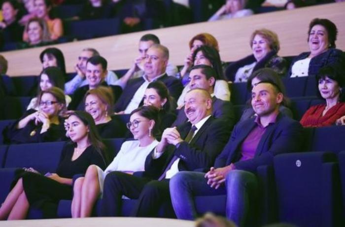 İlham Əliyev və Mehriban Əliyeva Maksim Qalkinin yaradıcılıq axşamında - FOTO