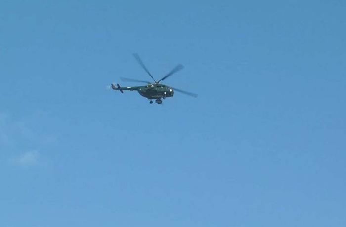 Sumqayıtda helikopterlərdən sakinlər üçün dəvətnamə atılıb - FOTO/VİDEO