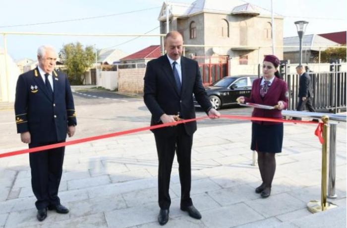 Prezident Sabunçu-Pirşağı xəttinin açılışında iştirak edib - YENİLƏNİB