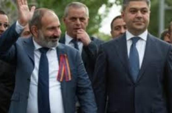 Ermənistanın sabiq MTX rəisi Federasiya prezidentliyindən də istefa verib