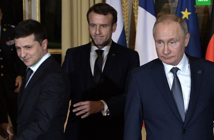 Putin və Zelenski birgə bəyannaməni müzakirə ediblər