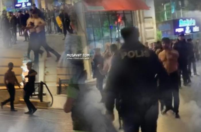 Polis Bakıda bıçaqlı xuliqanların qarşısını aldı - VİDEO