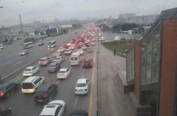 Bakı-Sumqayıt yolunun genişləndirilməsi bu tarixdə başa çatacaq - Sürücülərə ŞAD XƏBƏR