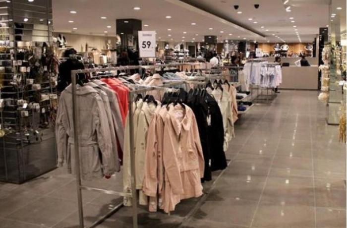 Türkiyənin məşhur geyim markası Azərbaycandakı mağazalarını bağlayır
