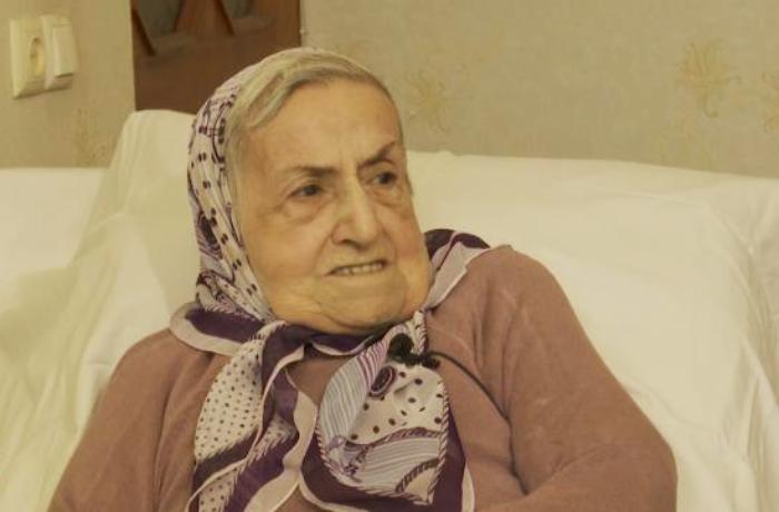 """Abbas Səhhətin 94 yaşlı nəvəsi: """"İstəyirəm öz evim olsun"""" - VİDEO"""