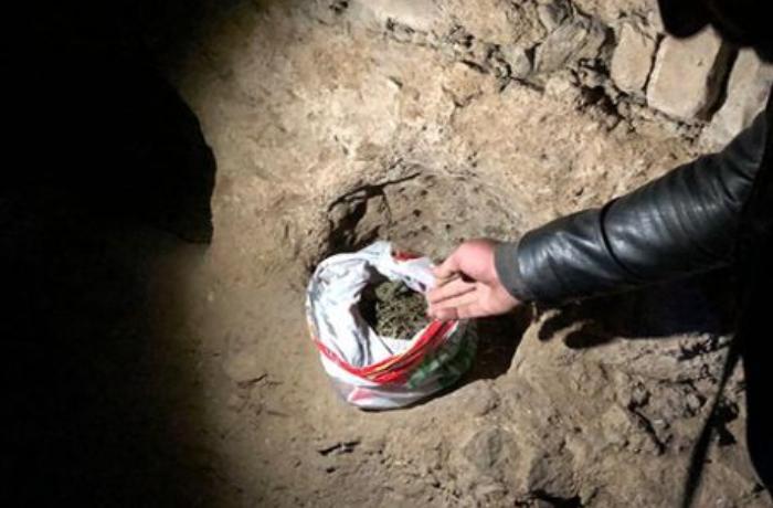 Kürəkən narkotiki qayınanasının evində gizlətdi - VİDEO