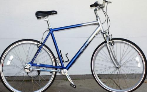 Bakıda universitet müəlliminin velosipedi oğurlandı