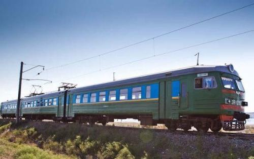 Free-of-charge Tabriz-Jolfa passenger train launched