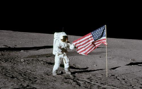 Ay'a inişinin 50. yılını kutlayan NASA 2024'te Dünya'nın tek uydusuna tekrar gidecek