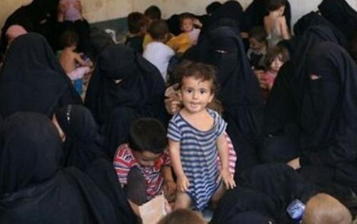 Suriya və İraqda 270 azərbaycanlı uşaq saxlanılır