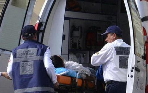 Abşeronda yük maşını minik avtomobili ilə toqquşub, 2 nəfər yaralanıb