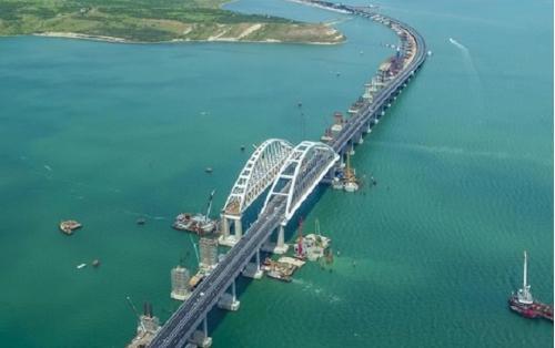 Минтранс: железнодорожная часть Крымского моста будет одной из самых защищенных в России