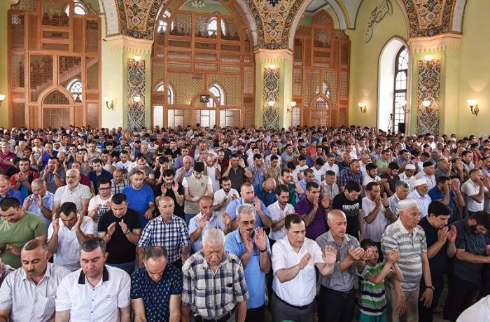 Bu il Azərbaycanda Qurban bayramı namazı qılınacaq?