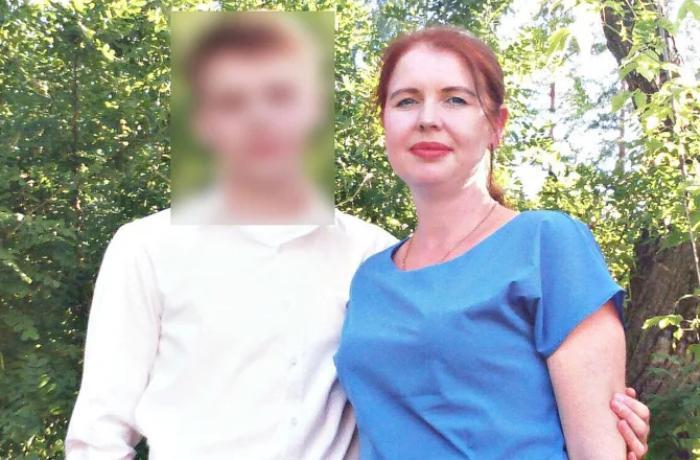 Rusiyada 16 yaşlı gənc bütün ailəsini balta ilə doğradı