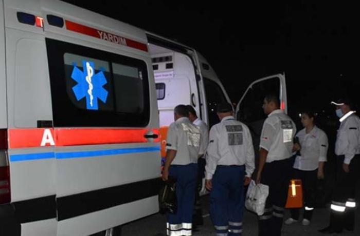 """Mingəçevirdə DYP avtomobili 2 """"VAZ""""la toqquşdu - 3 yaralı var"""