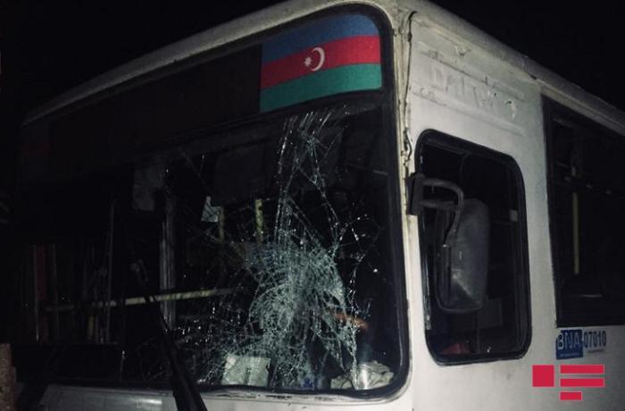 Bakıda avtobus üç piyadanı vurub, biri ölüb - FOTO