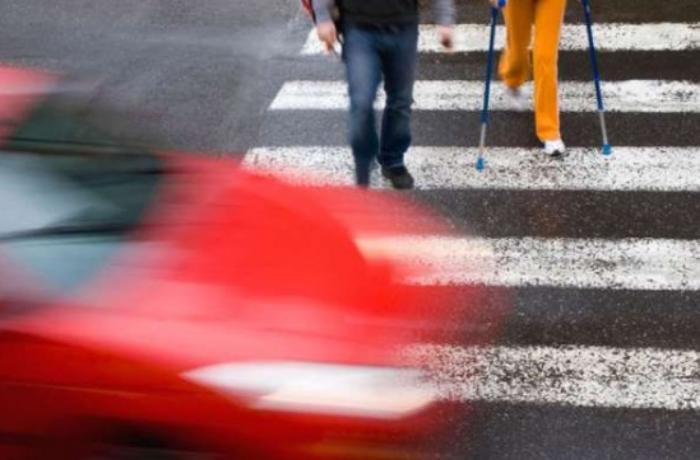 Hansı hallarda sürücü piyadanı vurarsa məsuliyyət daşımır? - Araşdırma