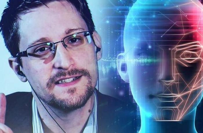 """Edvard Snouden: Vəzifəli şəxslər """"WhatsApp""""dan istifadə etməsin"""