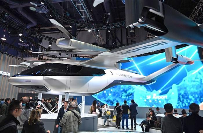 Las-Veqasda yeni uçan taksi modeli nümayiş etdirilib - VİDEO