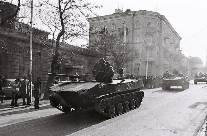 """Xalq artisti 20 Yanvar gecəsini xatırlayır: """"Pəncərəmizə iki tank lüləsi baxırdı..."""""""