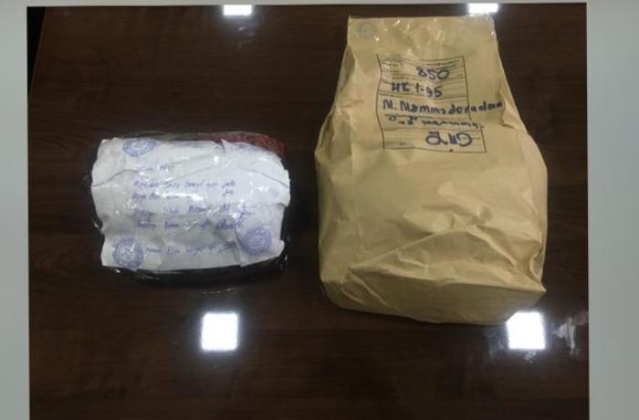 Polis əməliyyat keçirdi - Narkotik satan tələbə və bir neçə nəfər saxlanıldı - FOTOLAR