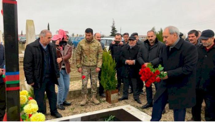 """Qazilərlə Fəzail Ağamalı arasında qalmaqal: """"Şəhidlərin adından istifadə edib..."""" - VİDEO"""