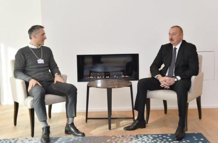 """İlham Əliyev """"Signify"""" şirkətinin baş icraçı direktoru ilə görüşüb"""