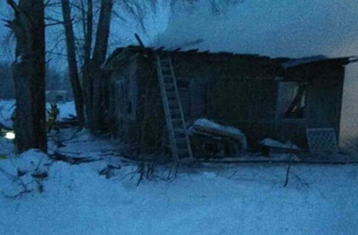Rusiyada yaşayış binasında güclü yanğın olub, 11 nəfər ölüb