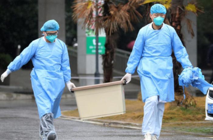Ölümcül virusa görə daha iki şəhərdə giriş-çıxış qadağan edildi
