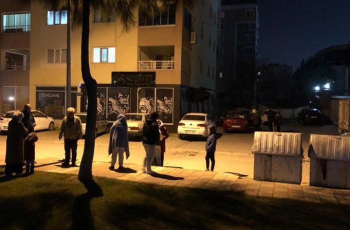 Türkiyədə 5,6 bal gücündə zəlzələ oldu - Dağıntılar var